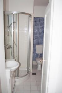 Apartments Mirage, Apartments  Novalja - big - 61