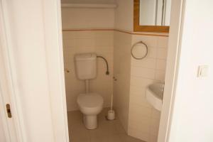 Apartments Mirage, Apartments  Novalja - big - 64