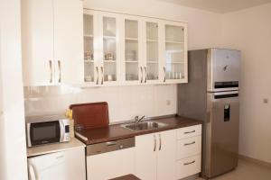 Apartments Mirage, Apartments  Novalja - big - 66