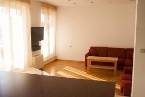 Apartments Mirage, Apartments  Novalja - big - 71