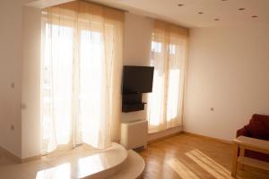 Apartments Mirage, Apartments  Novalja - big - 73