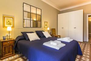 Three-Bedroom Apartment - Passeig de Gracia, 51