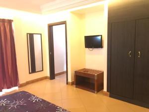 Bravia Hotel Lome, Szállodák  Lomé - big - 25
