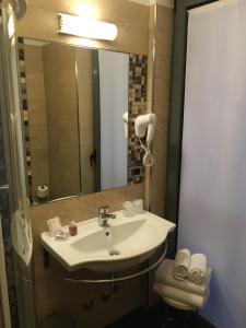 Hotel Villa Rosa, Hotel  Nago-Torbole - big - 10