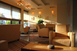 Pines Hotel