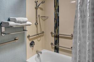 Double Room with Bath Tub - Disability Access