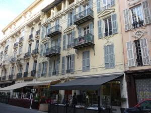 Nice centre à deux pas de la mer, Апартаменты  Ницца - big - 6