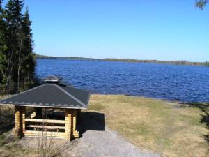 Holiday Home Metsä-pihlaja