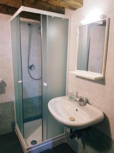 スタンダード ツインルーム 共用バスルーム