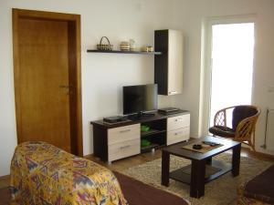 Apartments Beljić, Apartmanok  Divčibare - big - 8