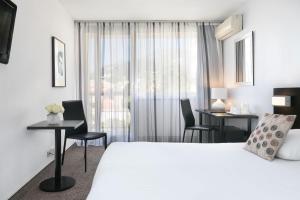 Quality Hotel Menton Méditerranée, Отели  Ментон - big - 17