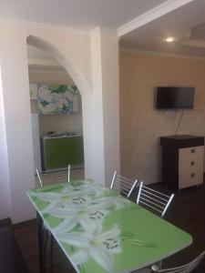 Apartments on Agrba 20, Apartmanok  Picunda - big - 2