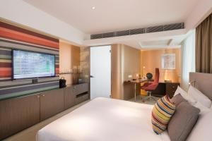 Super Shiny Room with Free Minibar