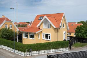 Holiday House Skagen Town Center 020170, Prázdninové domy  Skagen - big - 6