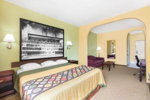 Motel 6 Bay City