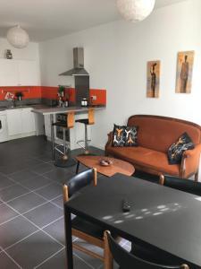 Les Patios du Vieux Port, Апартаменты  Марсель - big - 26