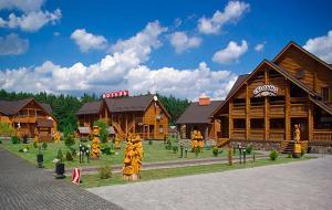 Hotel and restaurant complex Skolmo