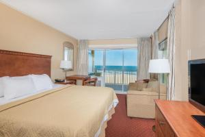 Ocean Front Room with King Bed - Non Smoking