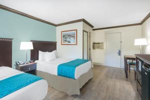 Room with Two Double Beds - Non Smoking