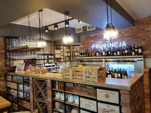 Provincja Winebar & Rooms
