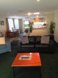 Beaches Serviced Apartments, Aparthotels  Nelson Bay - big - 72