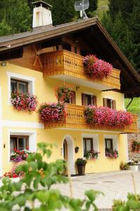 Appartamenti Cèsa Crepa Neigra - AbcAlberghi.com