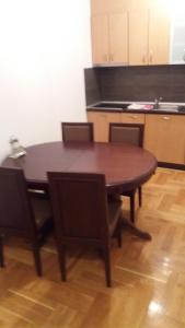 Apartment Sara, Apartments  Petrovac na Moru - big - 22