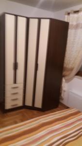 Apartment Sara, Apartments  Petrovac na Moru - big - 14