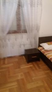 Apartment Sara, Apartments  Petrovac na Moru - big - 13