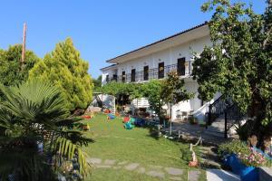 Perix House