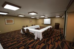 Hampton Inn & Suites St. Louis-Chesterfield, Отели  Chesterfield - big - 25