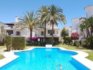 Puerto Banus Los Naranjos, Apartmány  Marbella - big - 1