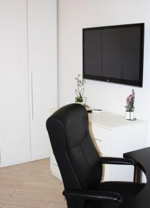 Appartamento Trilocale, Apartmanok  Paderno Dugnano - big - 25