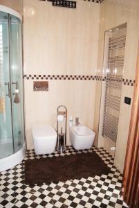 Appartamento Trilocale, Apartmanok  Paderno Dugnano - big - 37
