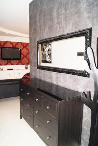 Appartamento Trilocale, Apartmány  Paderno Dugnano - big - 52