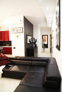 Appartamento Trilocale, Apartmanok  Paderno Dugnano - big - 57