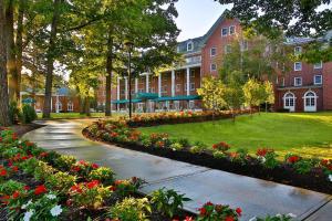Gideon Putnam Resort & Spa