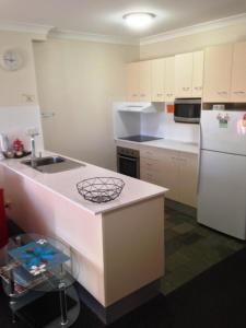 Beaches Serviced Apartments, Aparthotels  Nelson Bay - big - 43