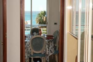 Appartement Le Mona Lisa, Apartmány  Cagnes-sur-Mer - big - 8