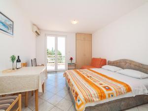 Apartments NICE, Apartmány  Petrovac na Moru - big - 30