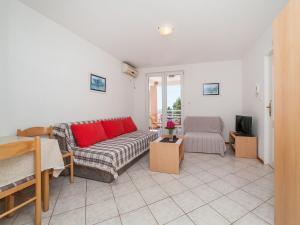 Apartments NICE, Apartmány  Petrovac na Moru - big - 10