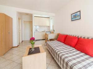 Apartments NICE, Apartmány  Petrovac na Moru - big - 6
