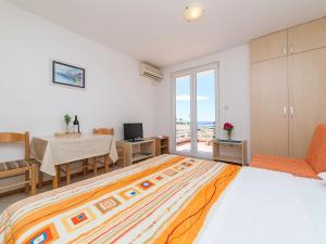 Apartments NICE, Apartmány  Petrovac na Moru - big - 14