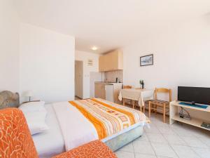Apartments NICE, Apartmány  Petrovac na Moru - big - 12