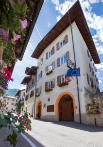 Garni Castel Ferari - AbcAlberghi.com