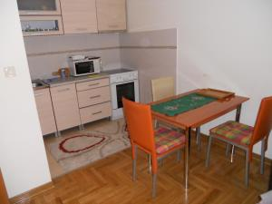 Apartment Vesna, Apartments  Podgorica - big - 4
