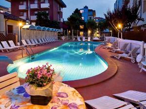 Hotel Rosalba Resort - AbcAlberghi.com