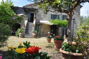Casale di Vezzano Ligure di Alice - AbcAlberghi.com