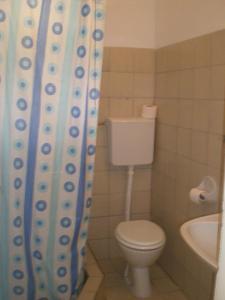 Vila Skocidjevojka, Apartmanok  Petrovac na Moru - big - 14