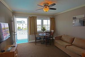 King Suite - Ocean View